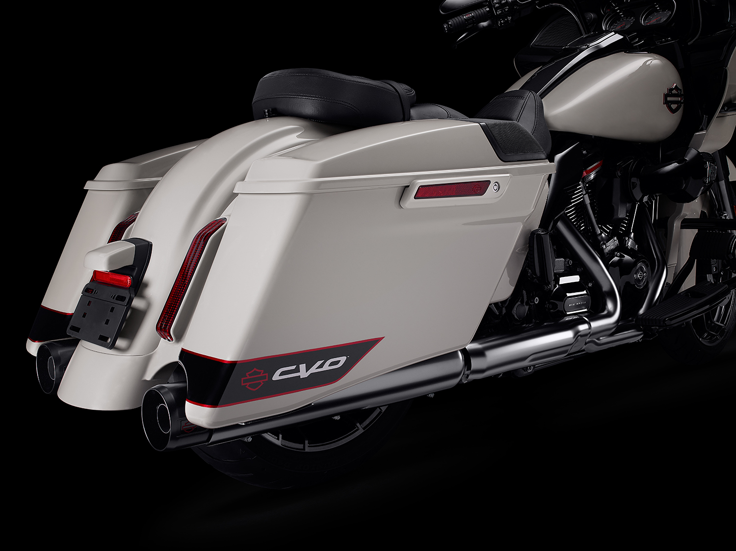 MY20.5 Key Features Photography. FLTRXSE CVO  Road Glide.